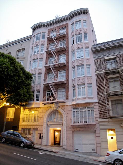 San Francisco Apartment: 820 Jones Street: My First San Francisco Apartment