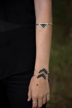 Apex bracelet