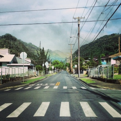 Road to Kalihi Valley